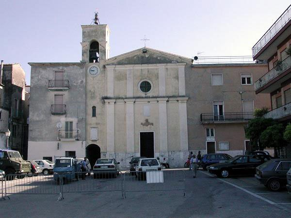 Tufo-Chiesa-di-San-Leonardo